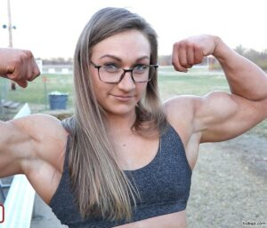 perfect chick with muscular body and muscle ass pic from tumblr