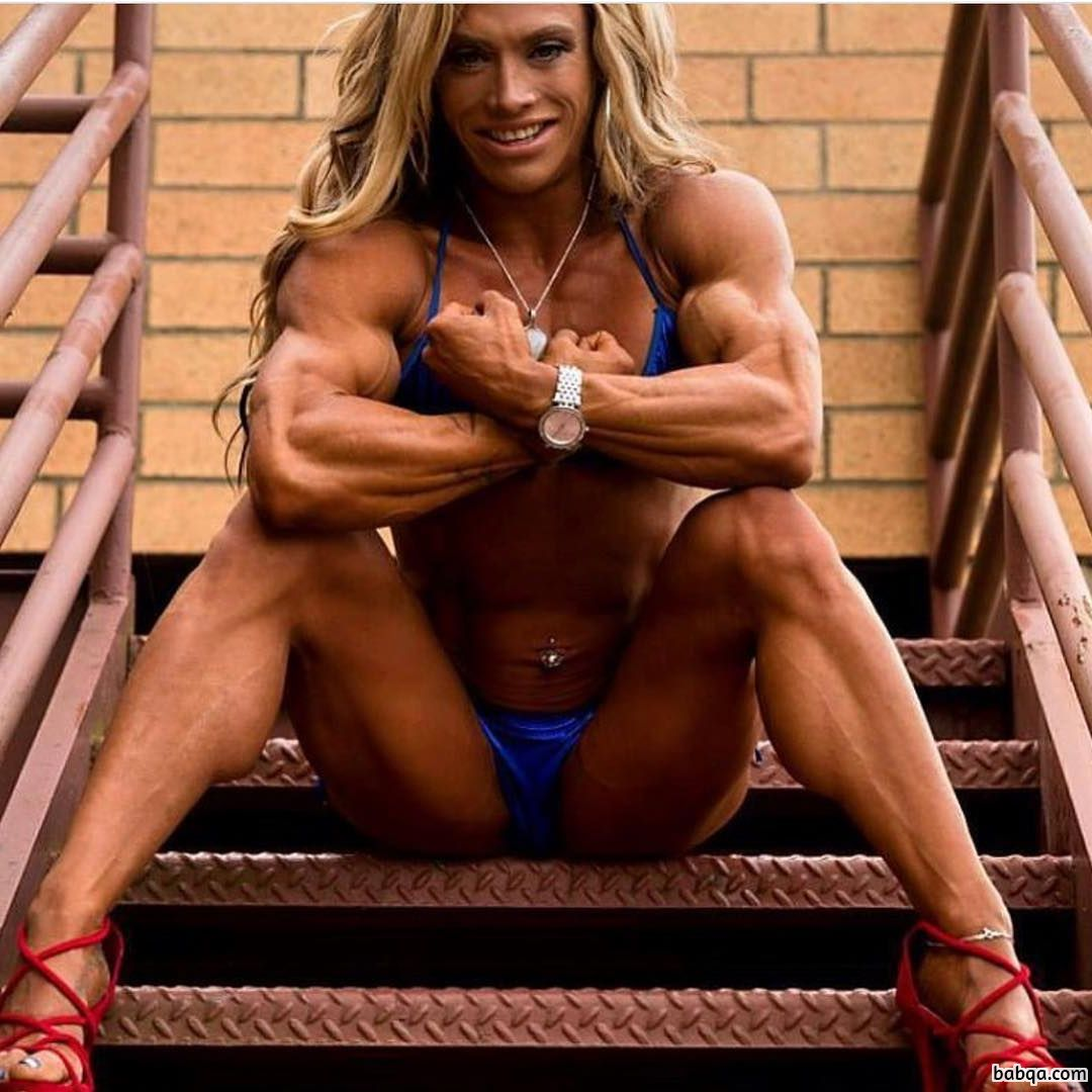 hot chick with strong body and toned biceps picture from linkedin