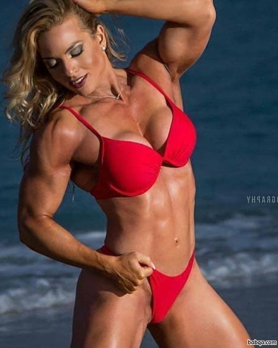 hottest babe with muscular body and toned legs post from reddit