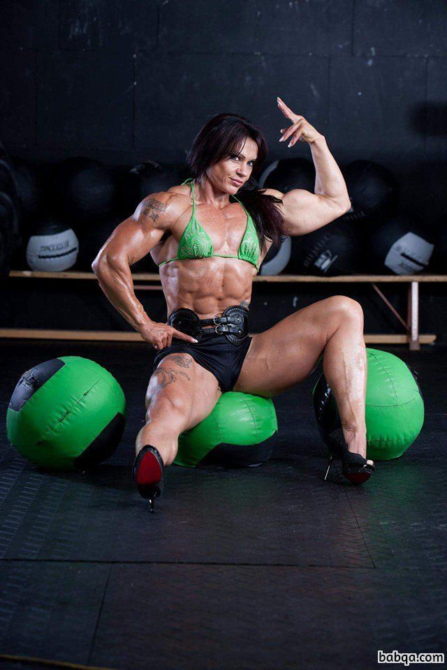 awesome lady with muscle body and toned biceps picture from g+
