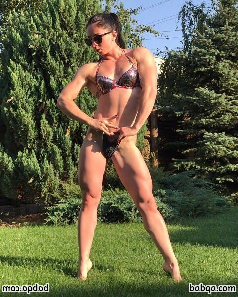 hot chick with fitness body and muscle booty picture from reddit